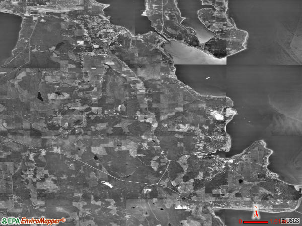 Oak Bay satellite photo by USGS