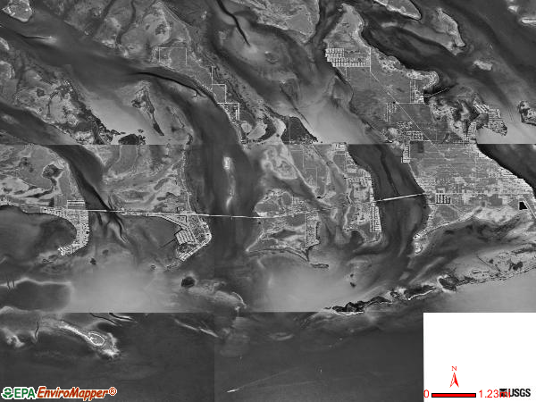 Lower Keys satellite photo by USGS