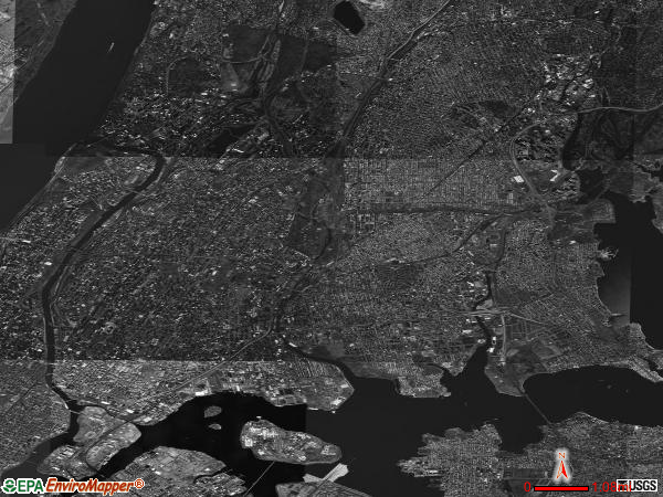 Bronx satellite photo by USGS