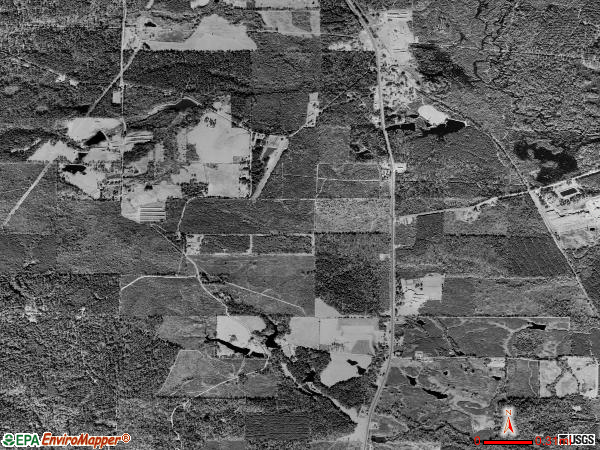 Lillie satellite photo by USGS 