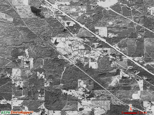 Braxton satellite photo by USGS